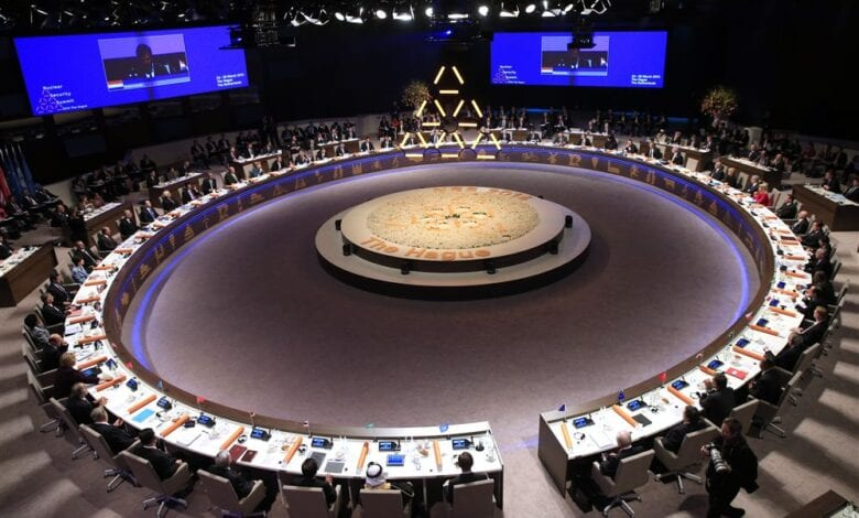 Photo of World Leaders Wear Bizarre Illuminati Pyramid at Summit