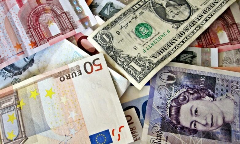 Photo of 'Currency War Alive and Well' as Yen, Euro Advance Against Dollar