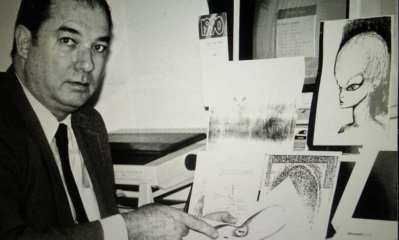 Photo of Alex Jones Exposed by Milton William Cooper